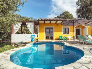 Villa 974