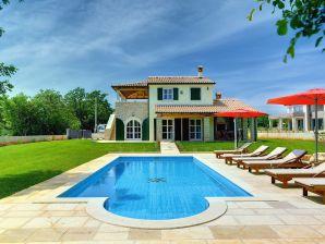 Villa 062