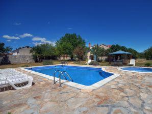 Villa 662