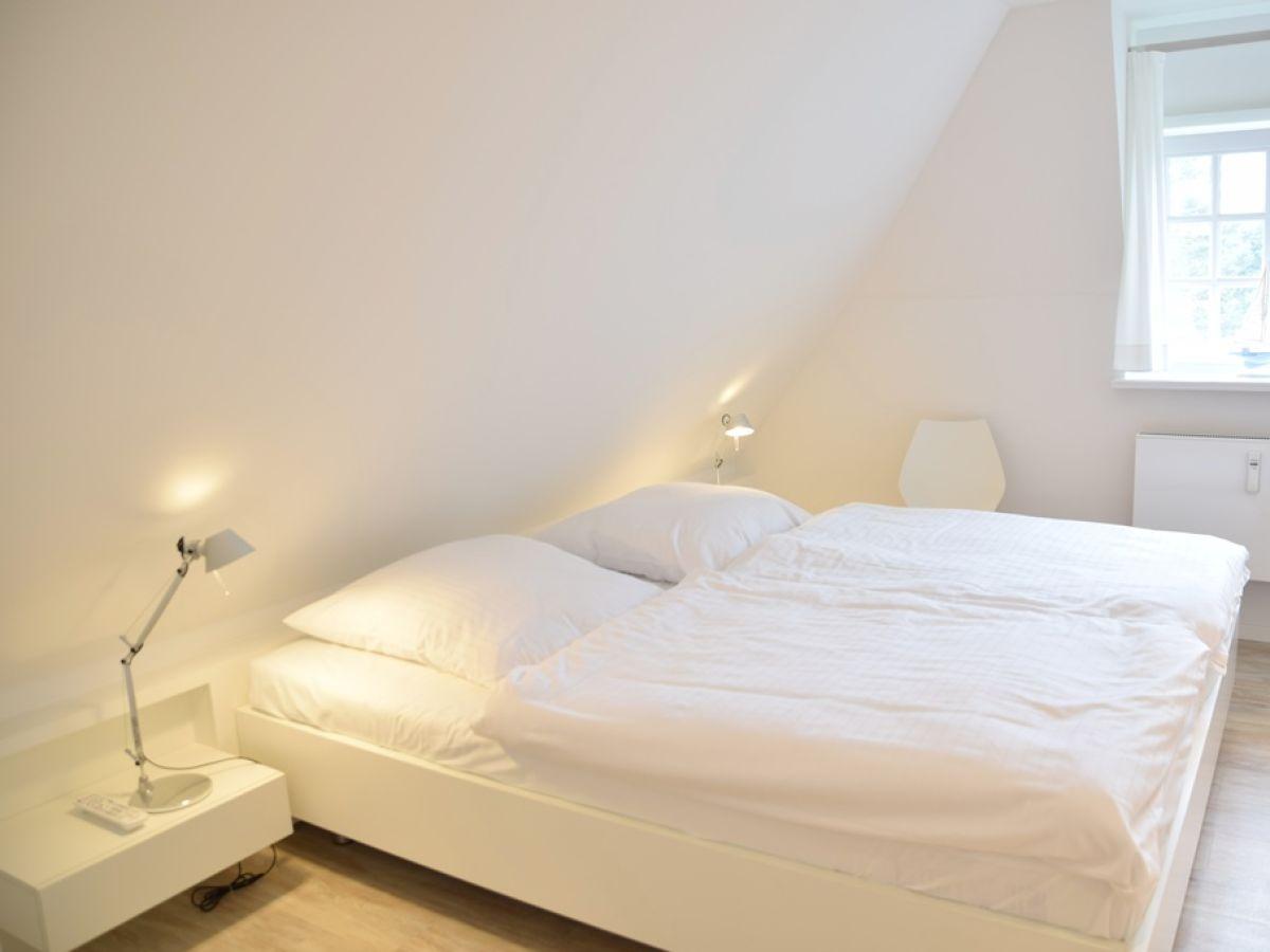 ferienwohnung trift 30 w7 to erst westerland firma gb sylt gmbh herr ulrich mitza. Black Bedroom Furniture Sets. Home Design Ideas
