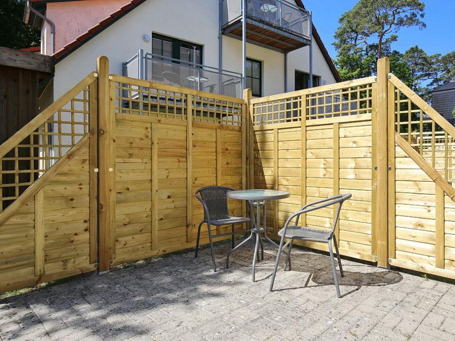 sichtschutz terrasse erlaubt kreatif von zu hause design. Black Bedroom Furniture Sets. Home Design Ideas