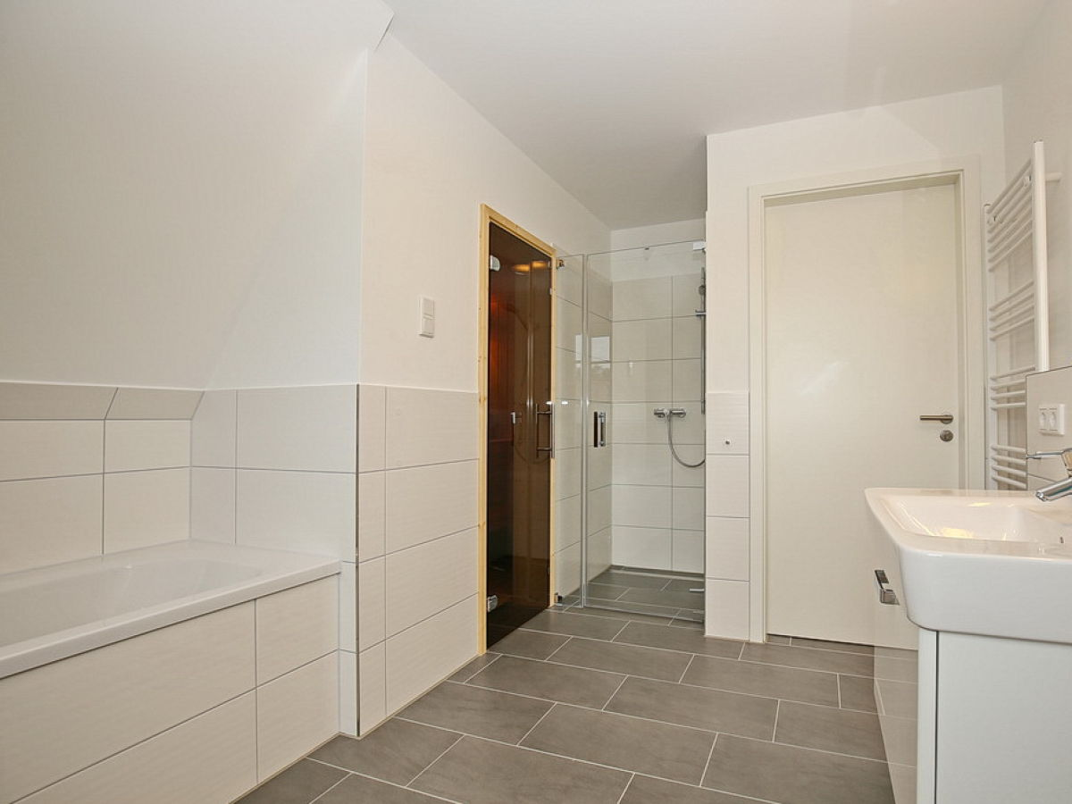 ferienhaus reethaus am mariannenweg 10a ostsee boltenhagen firma nordic gmbh boltenhagen. Black Bedroom Furniture Sets. Home Design Ideas