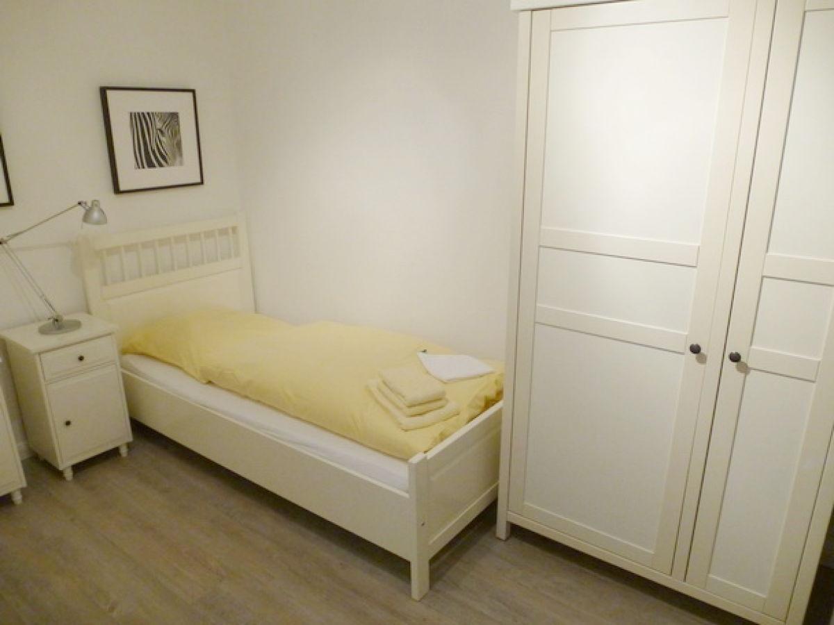 ferienwohnung wohnpark friesenhain sylt firma. Black Bedroom Furniture Sets. Home Design Ideas