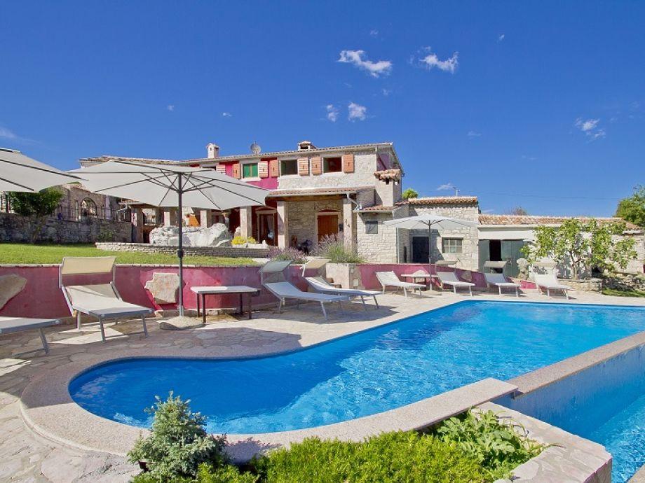 Villa 378