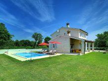 Villa 713