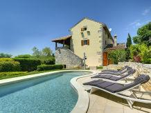 Villa 963