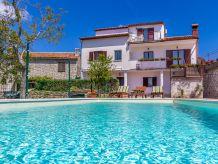 Villa 533