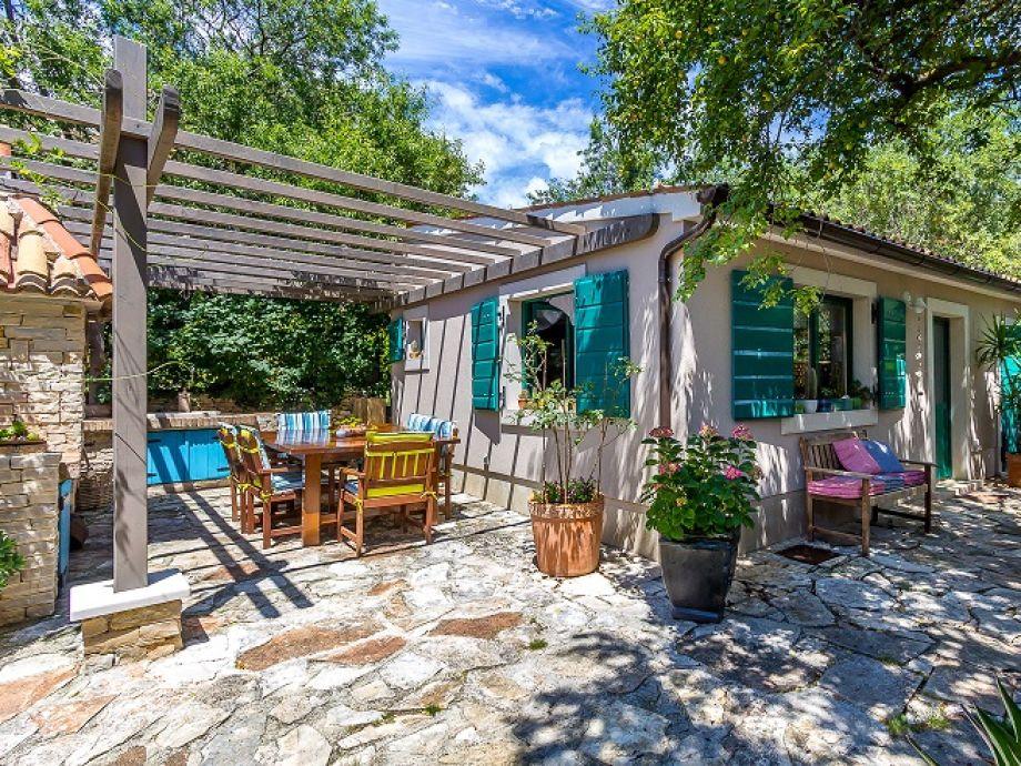 villa 583 istrien firma reiseb ro blaue adria herr david kiwitt. Black Bedroom Furniture Sets. Home Design Ideas