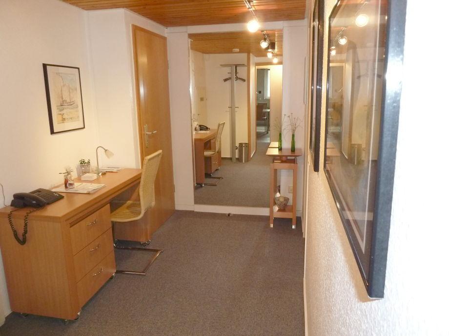 ferienhaus kalveram norderney 3 raum wohnung im souterrain norderney firma ferienhaus. Black Bedroom Furniture Sets. Home Design Ideas