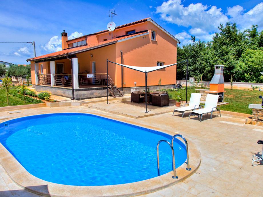 Außenaufnahme Villa 036