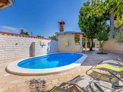 Villa 037