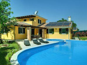 Villa 060