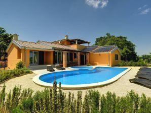 Villa 061