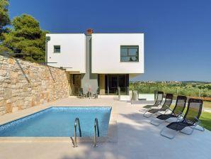 Villa 065