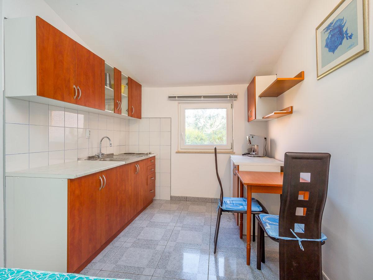 villa 067 istrien firma reiseb ro blaue adria herr. Black Bedroom Furniture Sets. Home Design Ideas