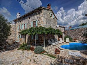 Villa 556