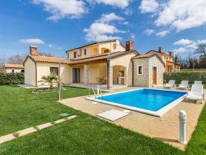 Villa 845