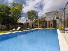 Villa 895