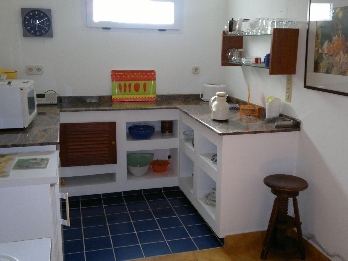 ferienwohnung casa dos golfinhos azoren maximilian. Black Bedroom Furniture Sets. Home Design Ideas