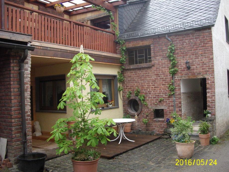 Innenhof Ferienhaus Waldkauz