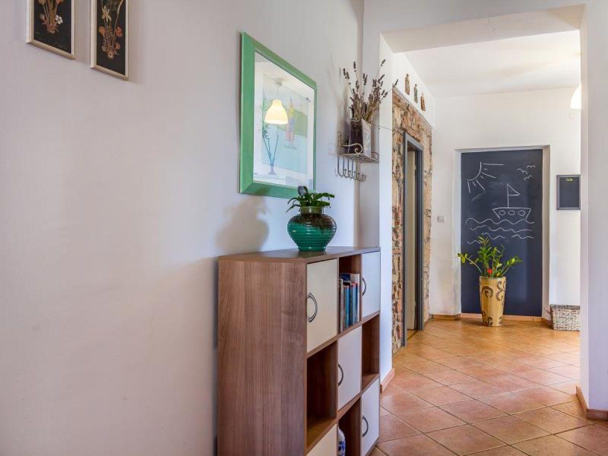 ferienhaus 763 istrien firma reiseb ro blaue adria. Black Bedroom Furniture Sets. Home Design Ideas