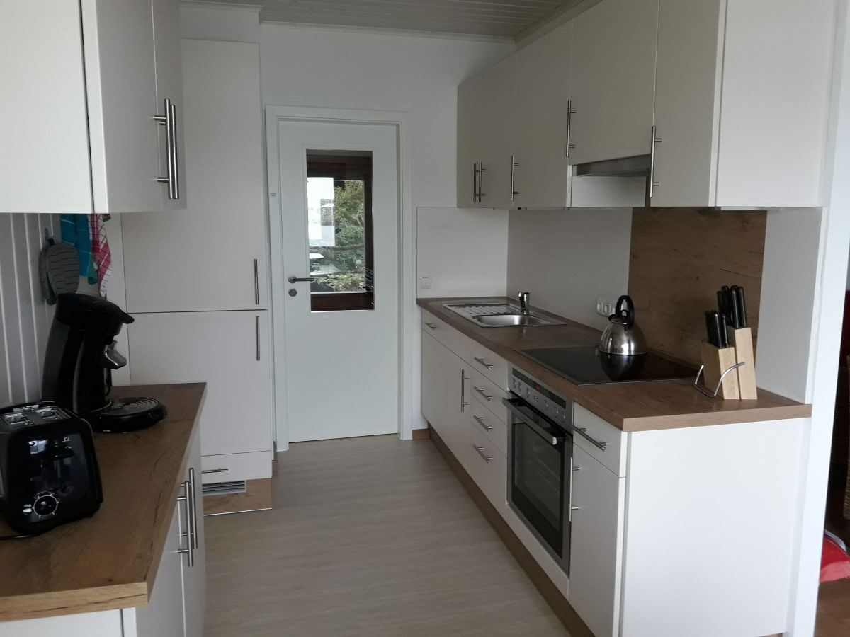 Ferienhaus windgassen butjadingen familie jutta windgassen for Küche mit elektroger ten und spülmaschine