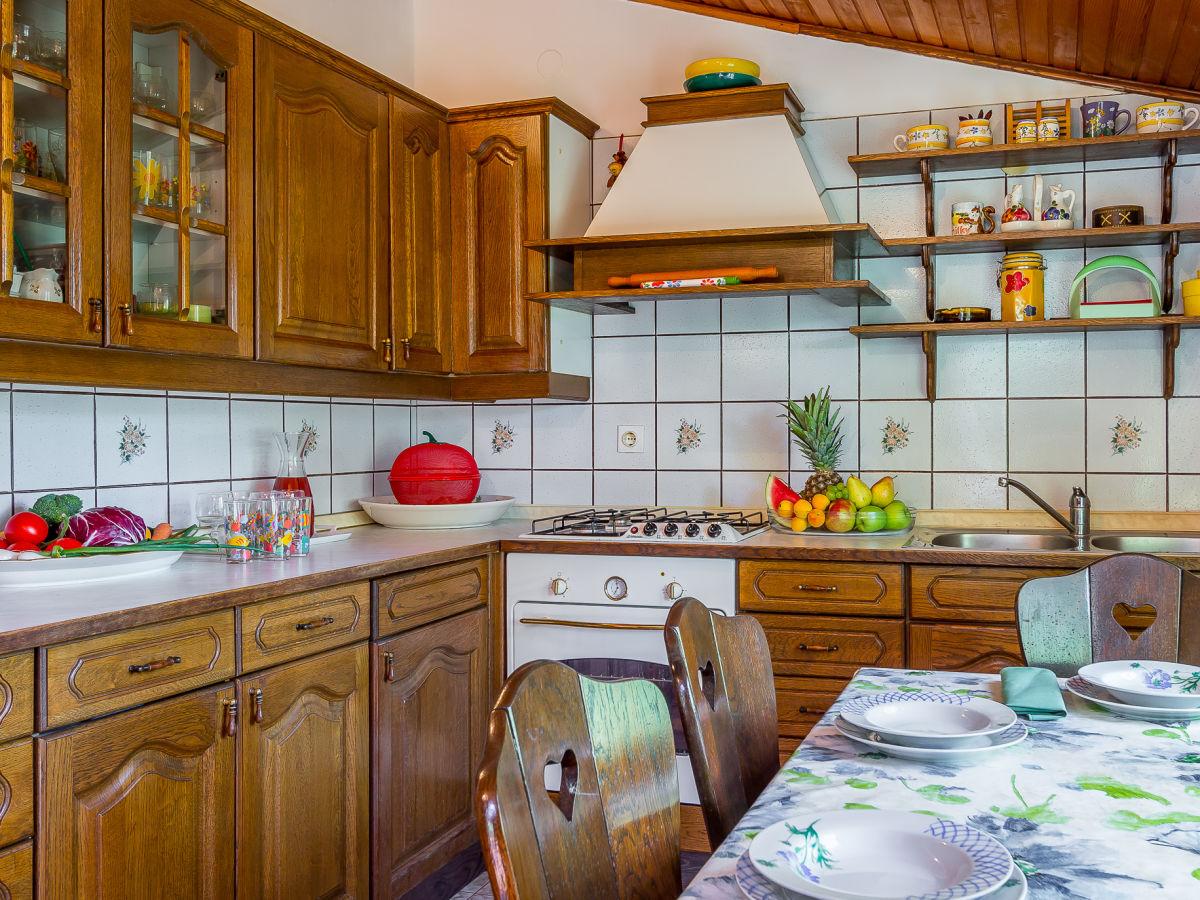 ferienhaus 079 istrien firma reiseb ro blaue adria. Black Bedroom Furniture Sets. Home Design Ideas