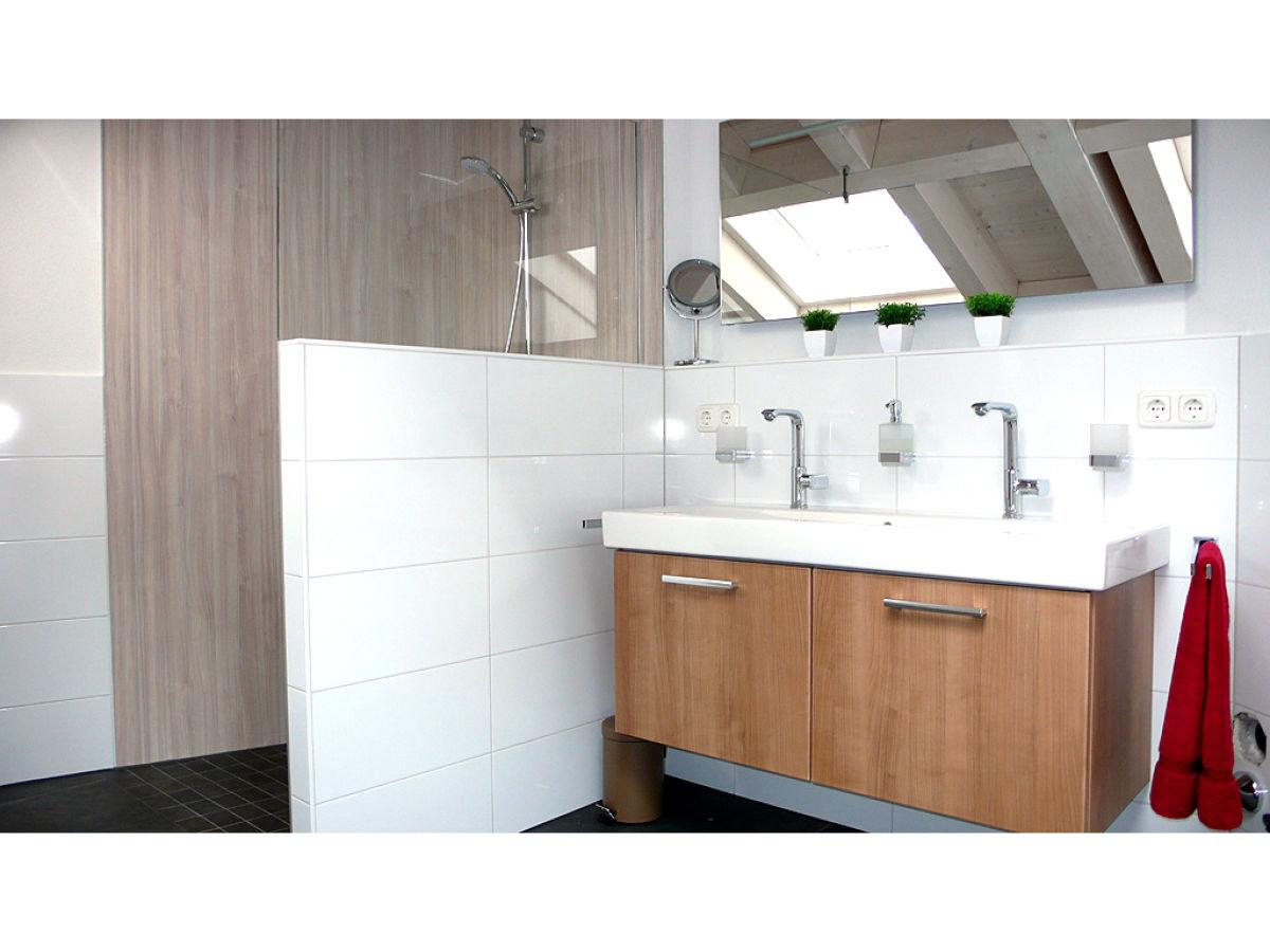 ferienwohnung garmisch oberbayern garmisch partenkirchen firma ferienwohnungen und. Black Bedroom Furniture Sets. Home Design Ideas