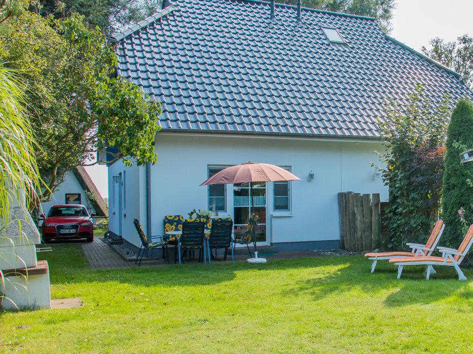 Ferienhaus An der Boddenweide mit Garten und Terrasse