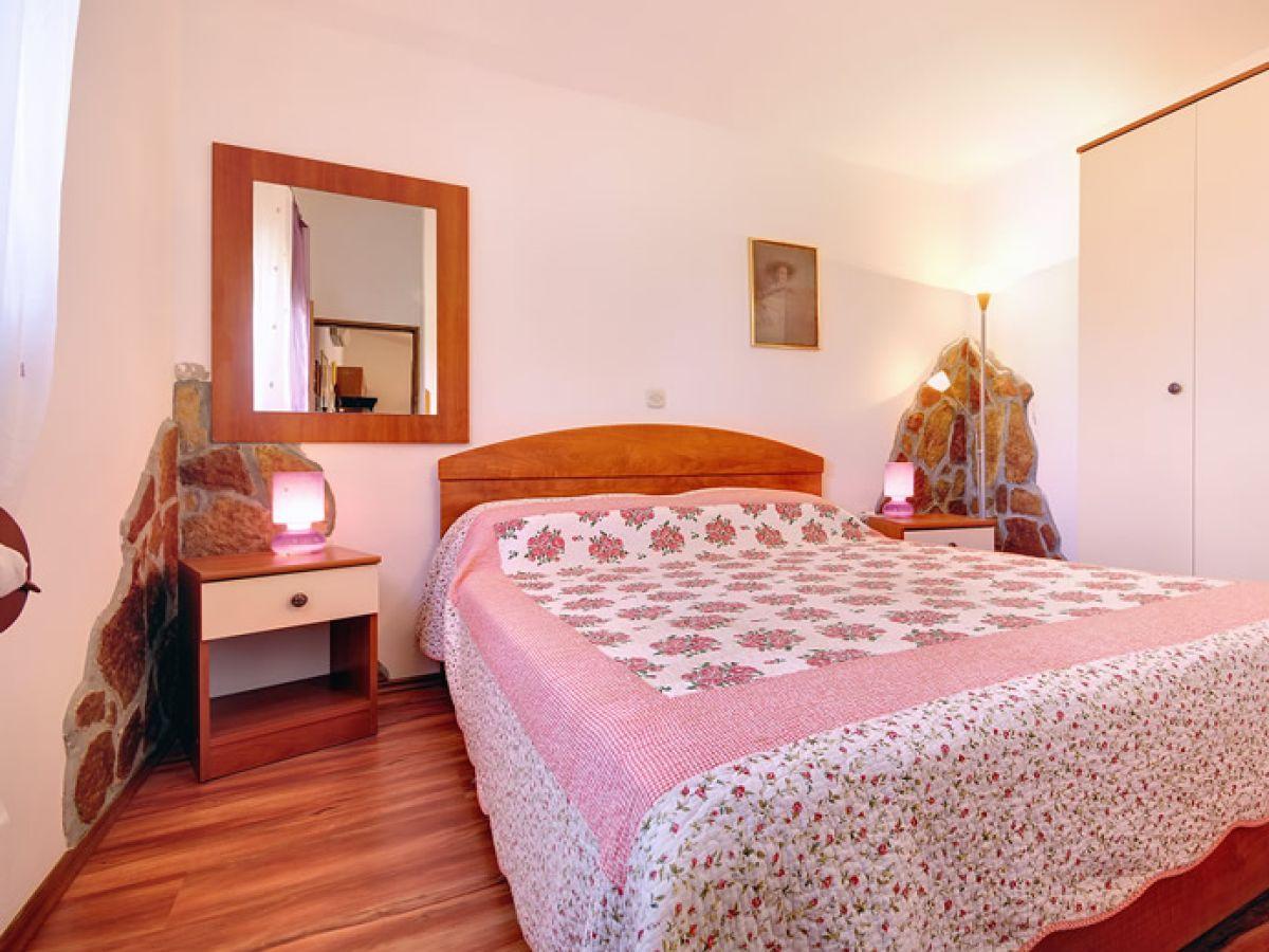 ferienwohnung 357 2 istrien firma reiseb ro blaue adria herr david kiwitt. Black Bedroom Furniture Sets. Home Design Ideas