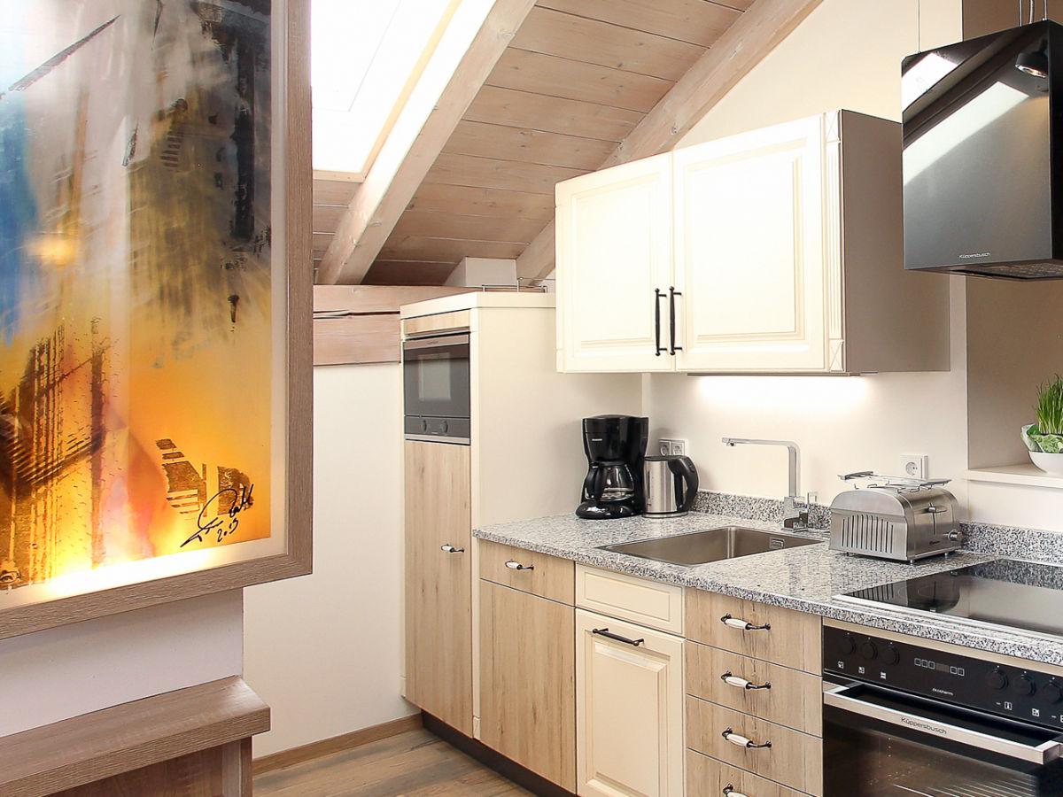 ferienwohnung ambiente im ferienhaus lebensart am see chiemsee frau theresa pertl. Black Bedroom Furniture Sets. Home Design Ideas