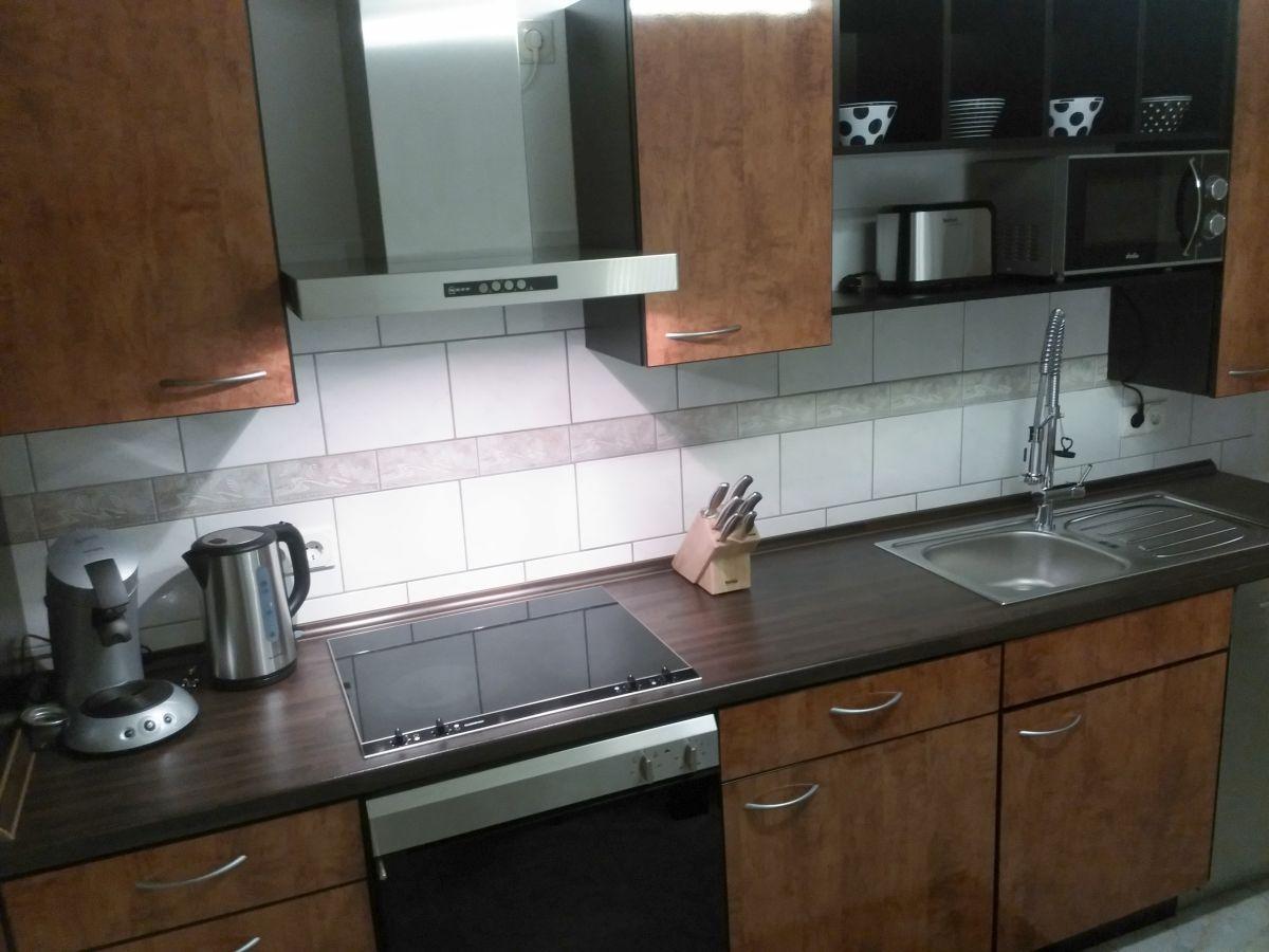 ferienwohnung am wingert trier saar obermosel mosel saarland saar frau marina roth. Black Bedroom Furniture Sets. Home Design Ideas