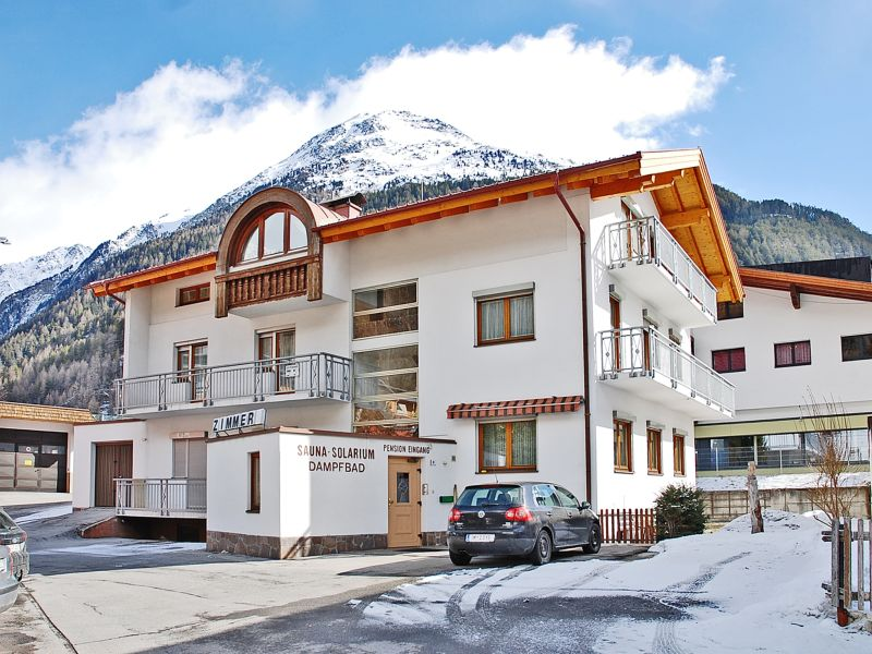 Bed & Breakfast Sportpension Sölden