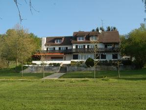 "Villa ""Hofgut Stutengarten"""
