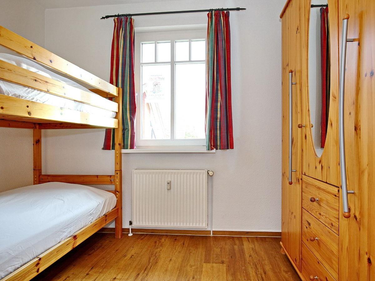 ferienwohnung 10 in der ferienanlage ulmenschl chen ulm 10 k hlungsborn ost firma meer f u. Black Bedroom Furniture Sets. Home Design Ideas