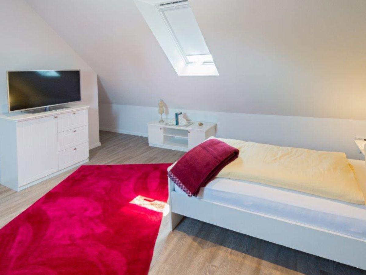 ferienwohnung ankerplatz d7 norddeich firma. Black Bedroom Furniture Sets. Home Design Ideas