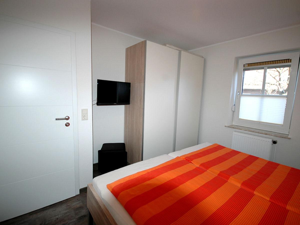 ferienwohnung frauke norddeich familie renate und. Black Bedroom Furniture Sets. Home Design Ideas
