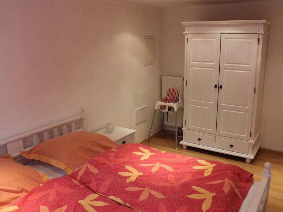 Ferienhaus apfelb umchen schaalsee familie britta und for Doppelbett kleines zimmer