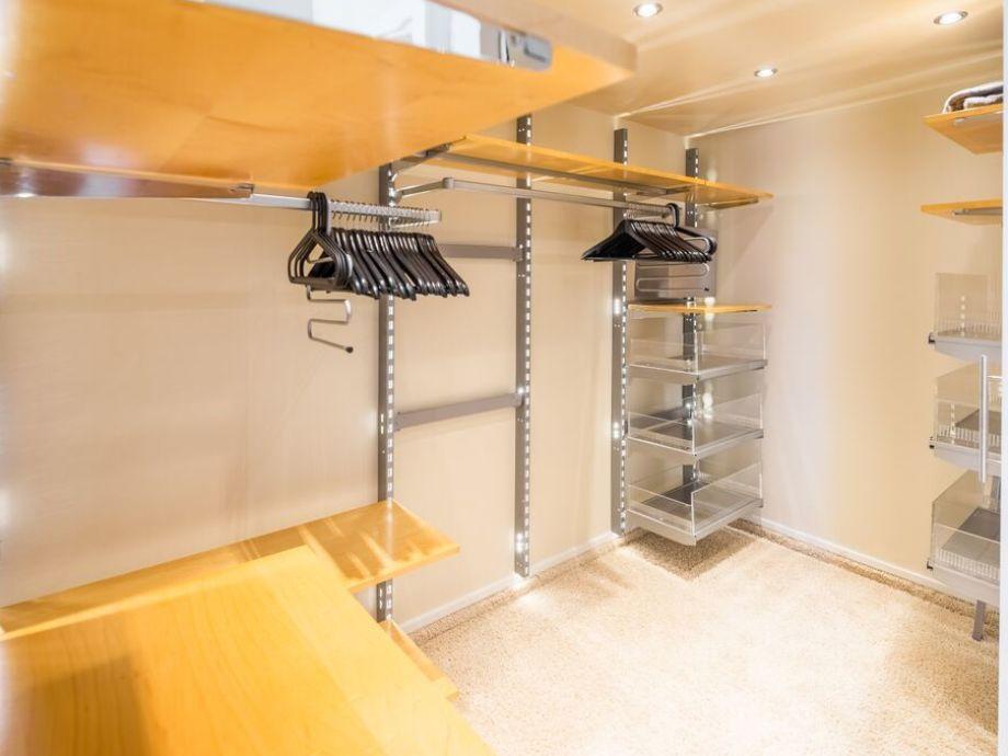 ferienwohnung roter balkon norderney firma wellness. Black Bedroom Furniture Sets. Home Design Ideas