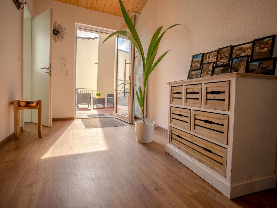 apartment 10 entrance