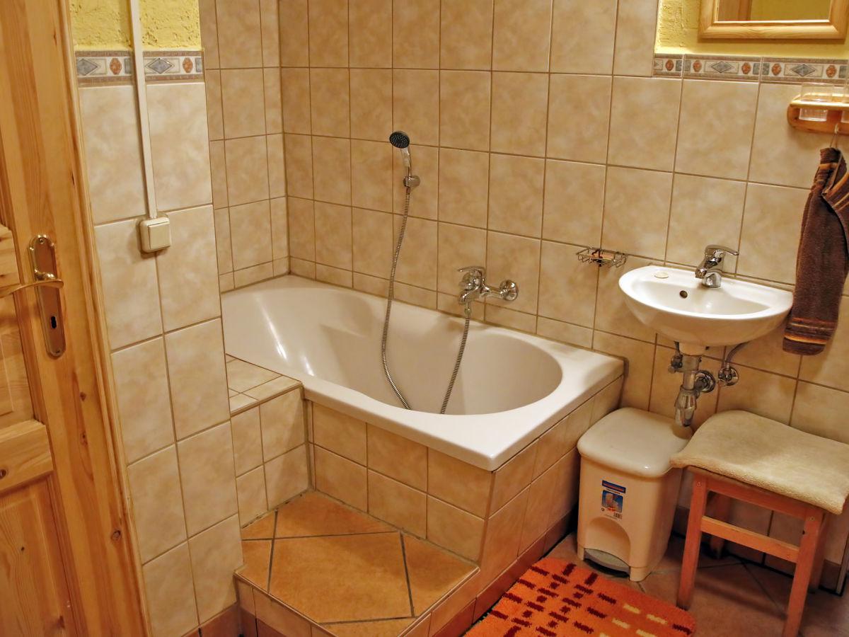 ferienhaus fichtelbergblick gr nhain beierfeld firma ferienhausvermietung familie regina und. Black Bedroom Furniture Sets. Home Design Ideas
