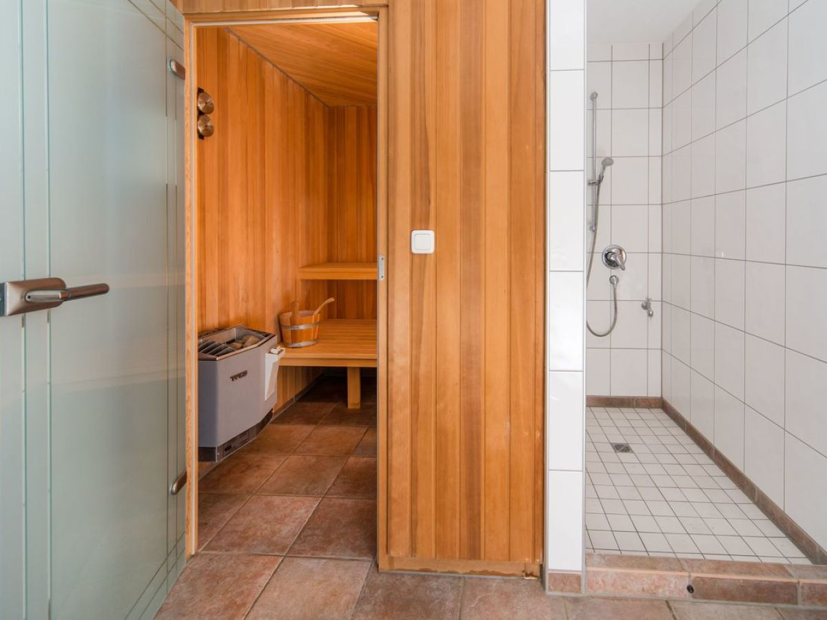 ferienwohnung leni fischland dar zingst firma zingst24 herr eckart r del. Black Bedroom Furniture Sets. Home Design Ideas