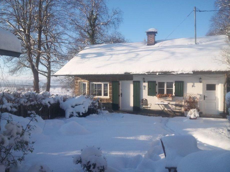 Winteraufnahm vom Haus