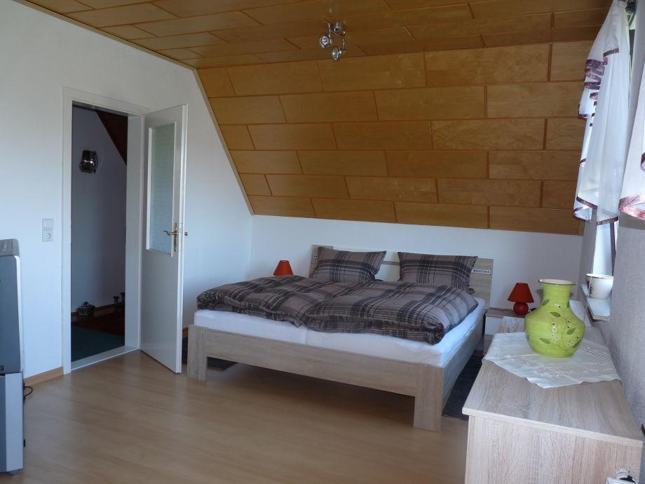 Ferienhaus zschonerblick dresden herr stefan rehfeld for Doppelbett kleines zimmer