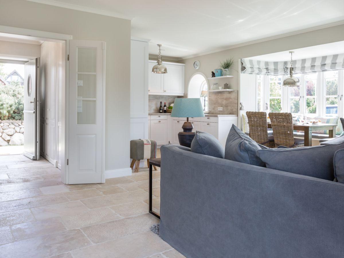 ferienwohnung auf dem priel 8a dhh sylt firma gb sylt gmbh herr ulrich mitza. Black Bedroom Furniture Sets. Home Design Ideas