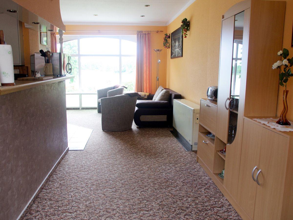 ferienwohnung haus am see mecklenburgische schweiz. Black Bedroom Furniture Sets. Home Design Ideas