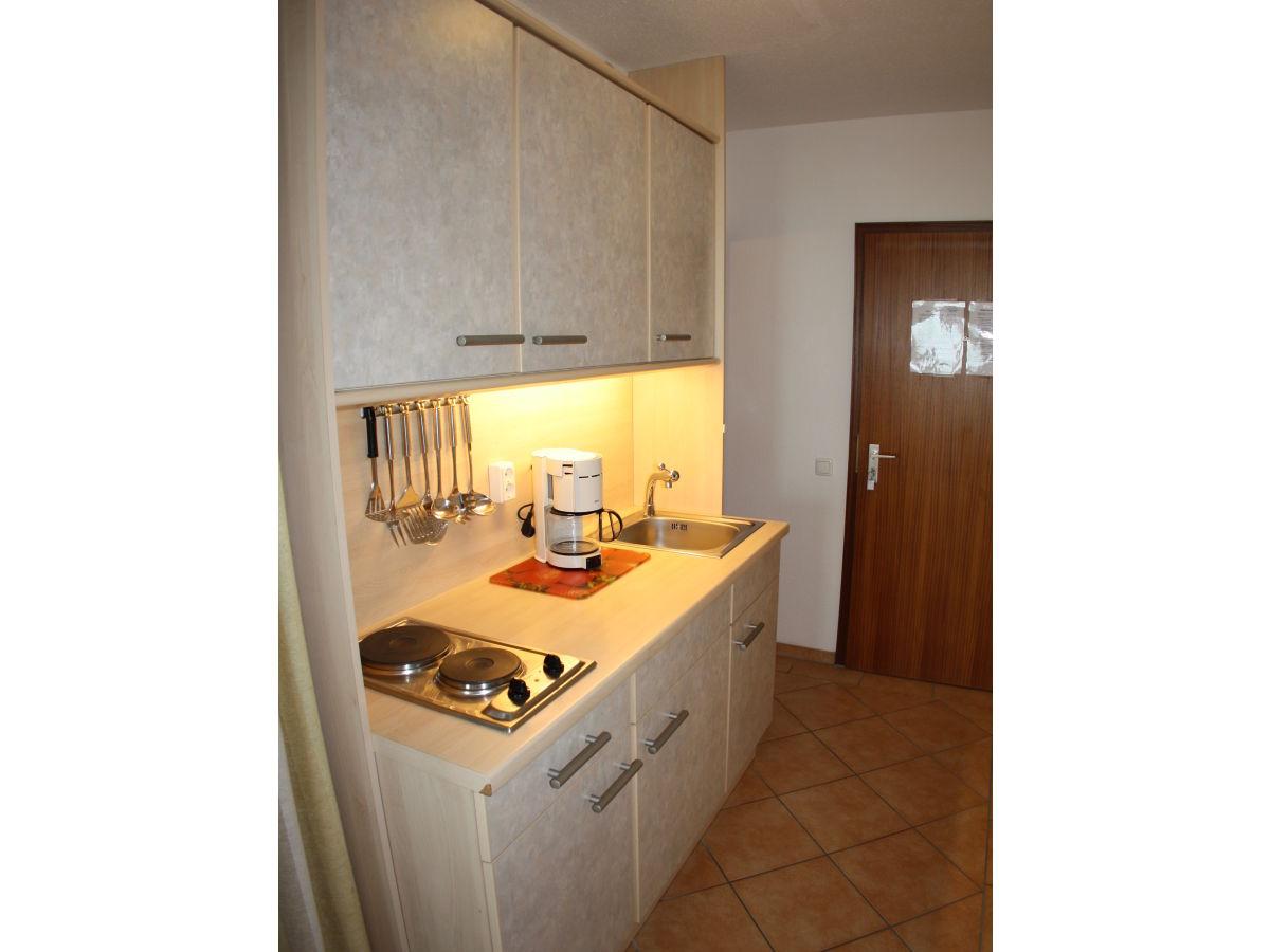 ferienwohnung steinwarder sb4 016 heiligenhafen firma vermietungsb ro heiligenhafen gmbh. Black Bedroom Furniture Sets. Home Design Ideas