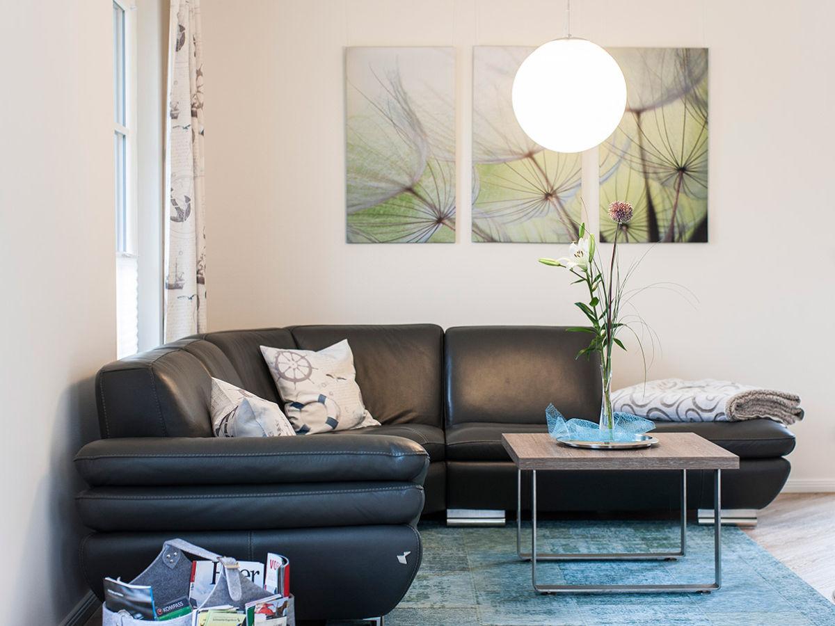 ferienhaus schilfrohrs nger 56 fischland dar zingst fuhlendorf firma relamare gmbh frau. Black Bedroom Furniture Sets. Home Design Ideas
