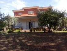 Villa Villa mit Garten