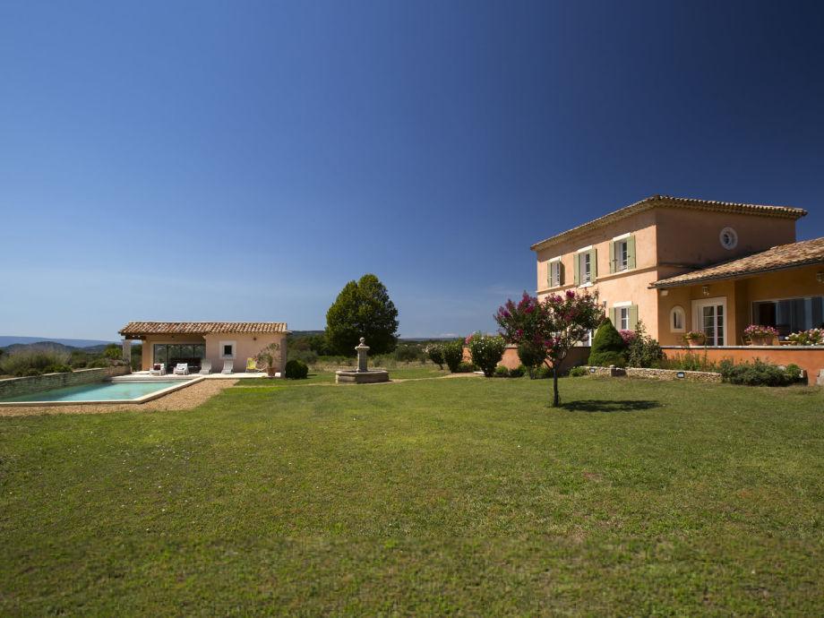 Ferienhaus mit Pool im Weinberg